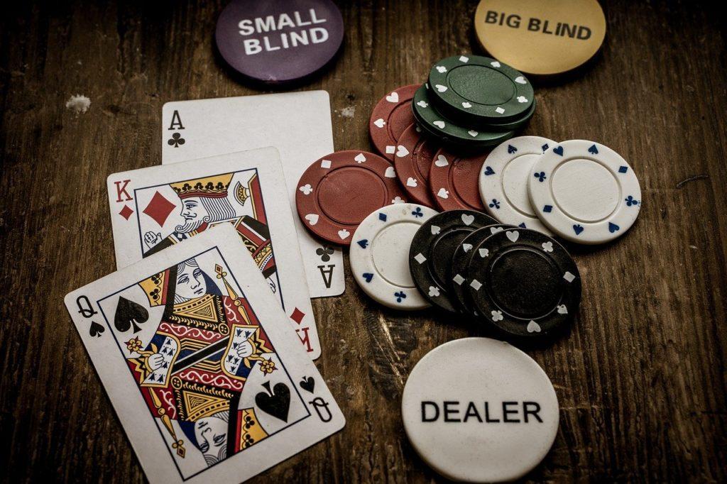 קלפים וגיטונים