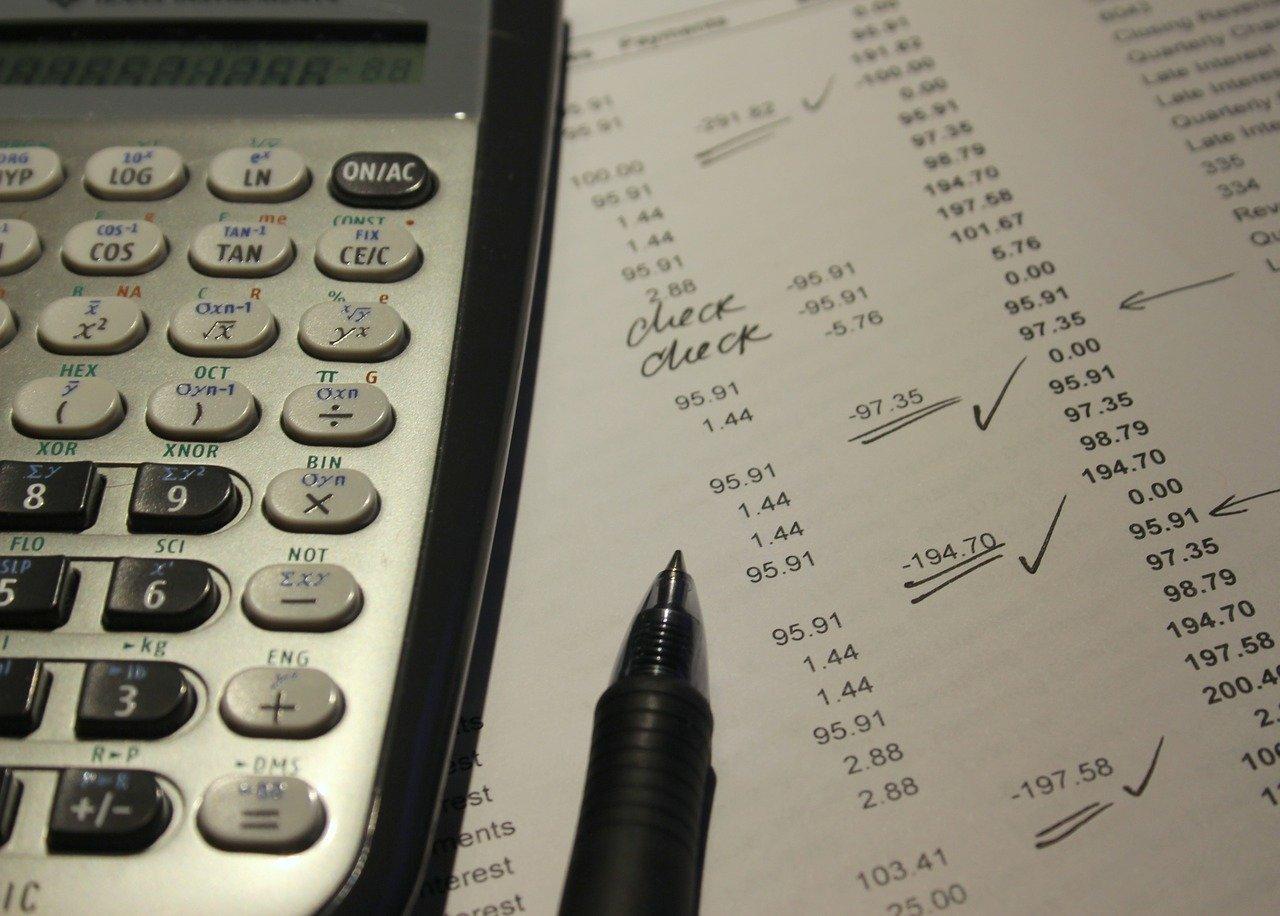 איך מגישים בקשה להחזרי מס?