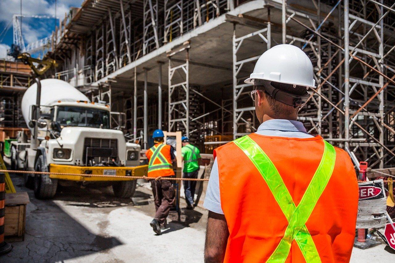 איך ללמוד על בטיחות במקום העבודה